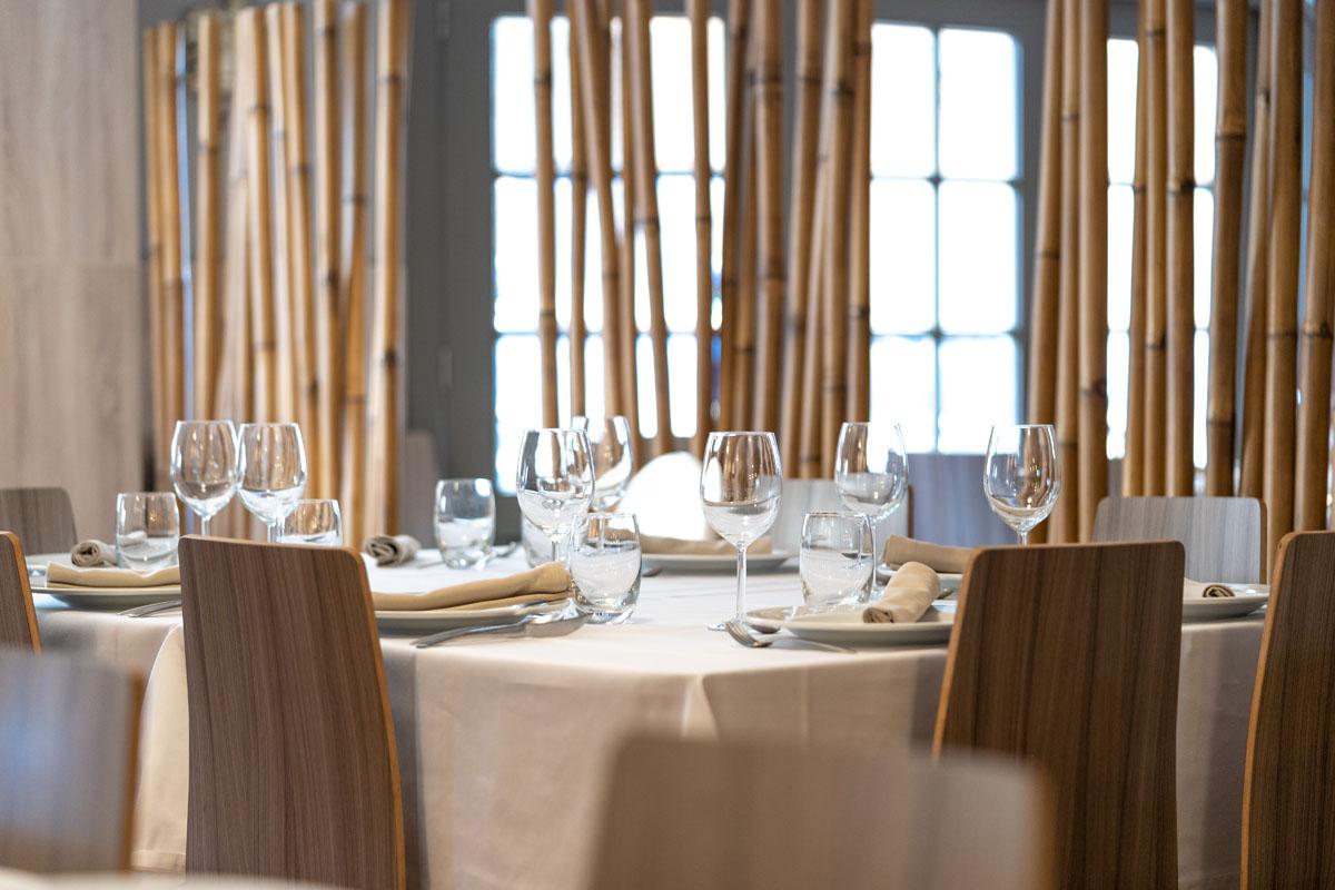 Mesa en el restaurante El Racó, en Meliana