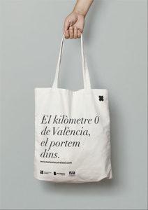 Bolsa con mensaje de El Km 0 de Valencia lo llevamos dentro